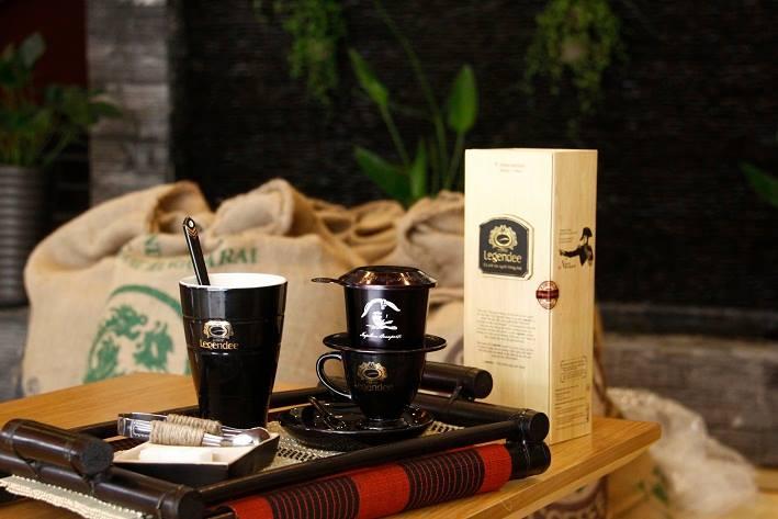 Phin cà phê và những dụng cụ cần thiết nhất cho việc pha chế cà phê