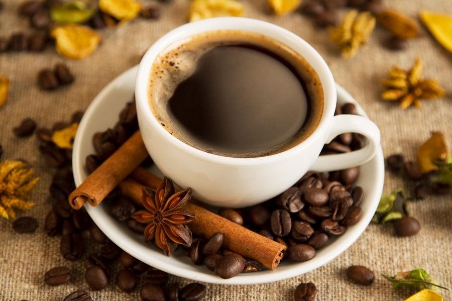 Những thời điểm lý tưởng trong ngày để uống cà phê