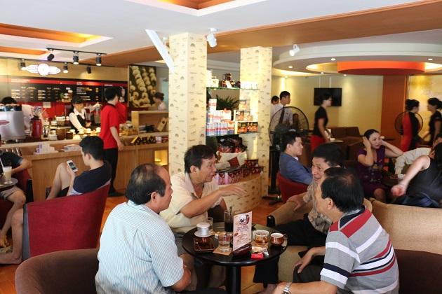 Tại sao Sài Gòn có nhiều quán cà phê đến vậy?