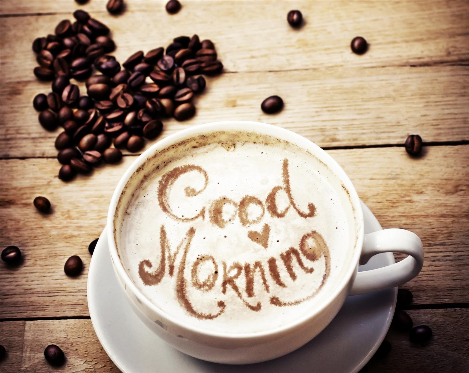 Sài Gòn quen cà phê buổi sáng